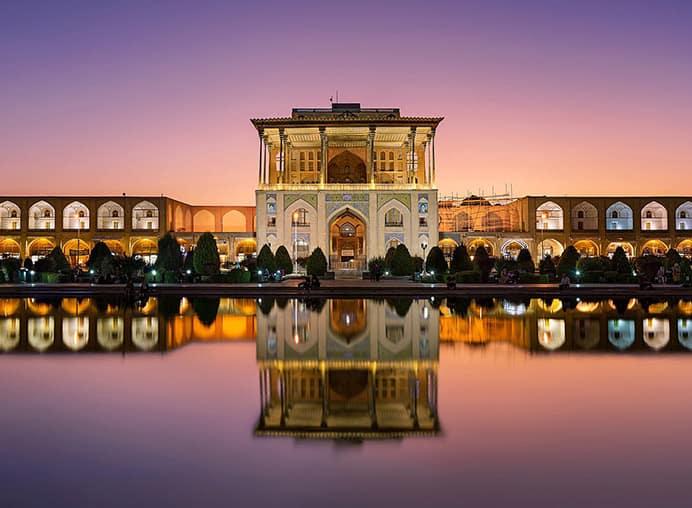 بهترین مرکز تخصصی مشاوره بازاریابی و فروش و مدیریت و تبلیغات و برندینگ و آموزش مدیریت و در اصفهان