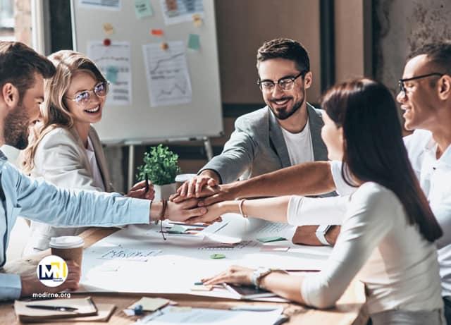 چطور به عنوان یک رهبر دیدگاه مشترک در همکاران خود بسازید؟